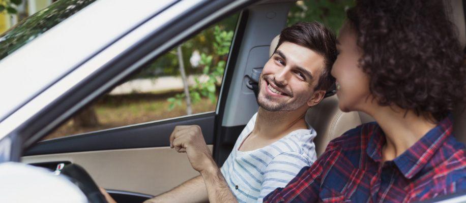 couple_test_driving_new_vehicle%402x.jpg